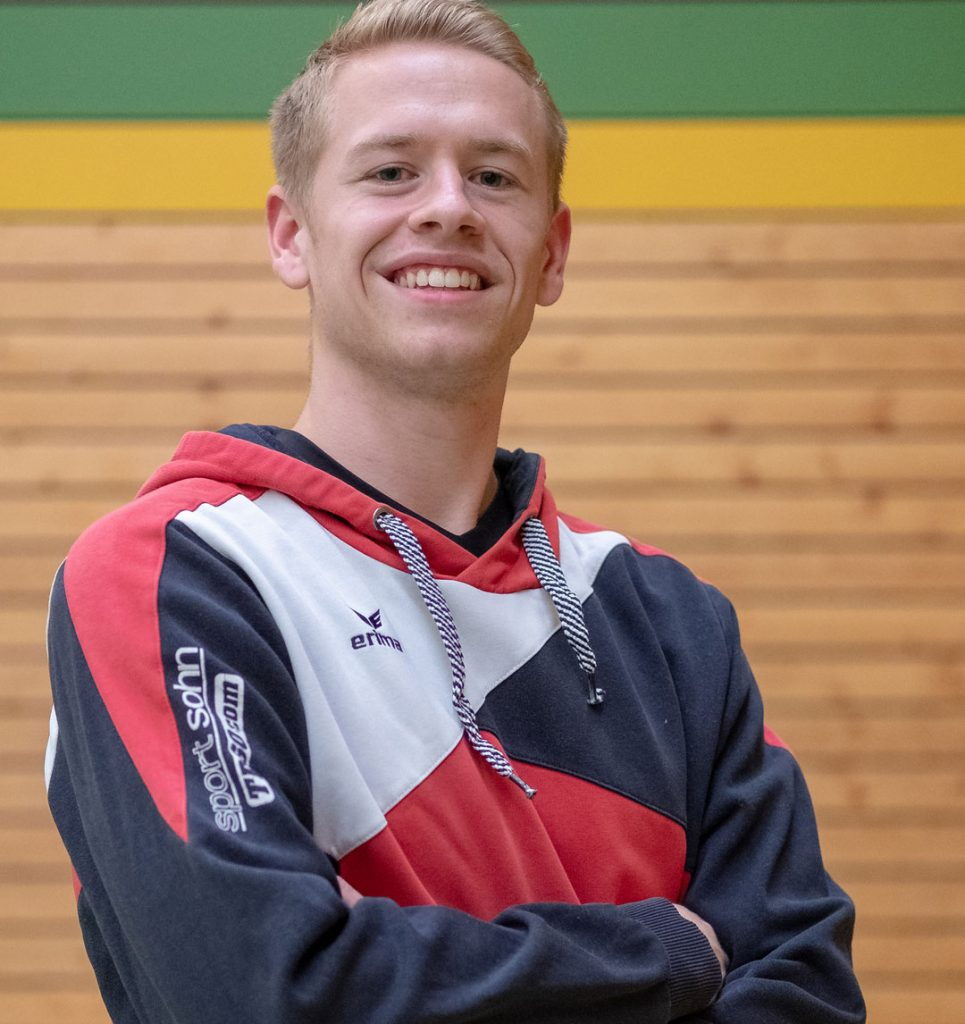 Trainer Julian Fabinc